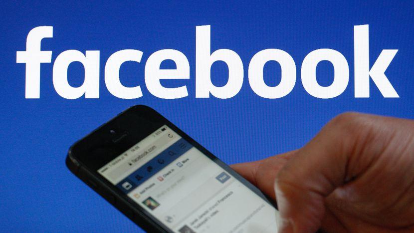 Facebook elimina cientos de cuentas con contenido político en EE.UU.