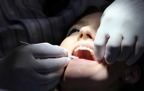 La mala salud bucal está relacionada con la hipertensión