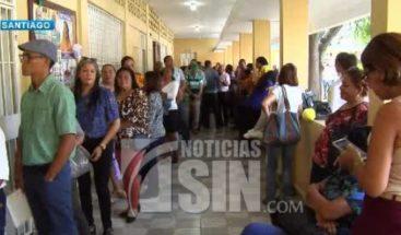 Votaciones de ADP transcurren con normalidad en Santiago