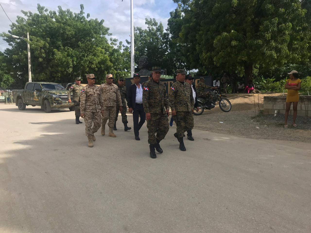 Comandante del Ejército viaja a la frontera a supervisar seguridad