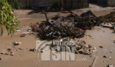 Denuncian malas condiciones en carretera de Manoguayabo