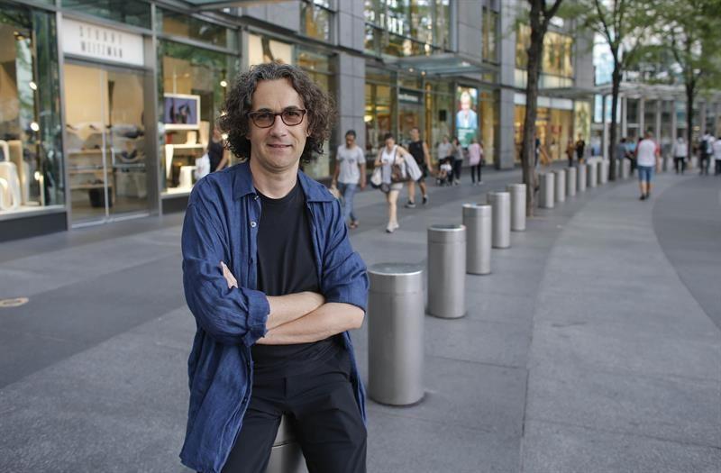 Óscar Peñas estrena álbum, que mezcla clásica y jazz