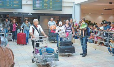 Movimiento de pasajeros vía aérea en RD crece un 17 % en septiembre