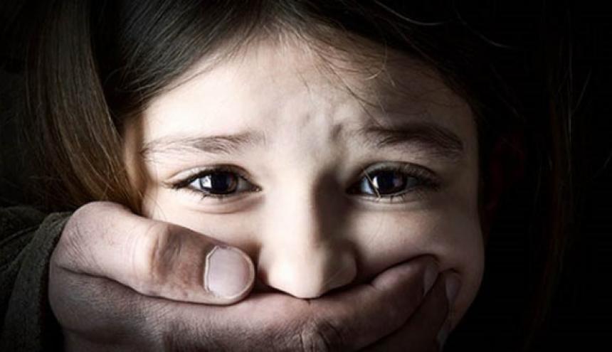 Estudio asegura abuso infantil