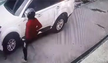 Niña de 8 años es loada como heroína por enfrentar ladrones en Filipinas