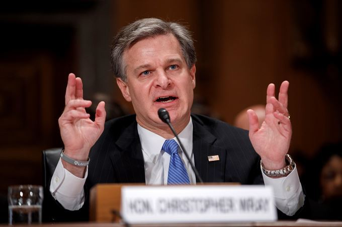 Investigación a Kavanaugh cumplió con estándares, según director de FBI