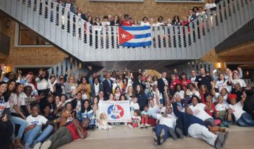 Cubanos en Europa se citan en Bruselas para debatir reforma Constitución