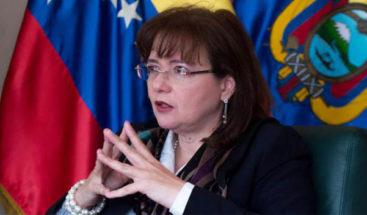 Embajadora de Venezuela retorna a su país tras ser expulsada de Ecuador