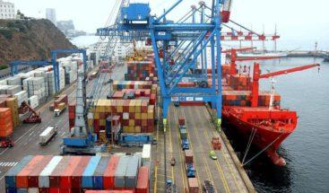Presidente Medina extiende horario de despacho de mercancía del exterior