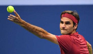 Federer: Hay que respetar a recogepelotas y mantener la elegancia