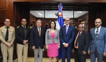 MIREX analiza acciones legales a favor pescadores condenados en Bahamas