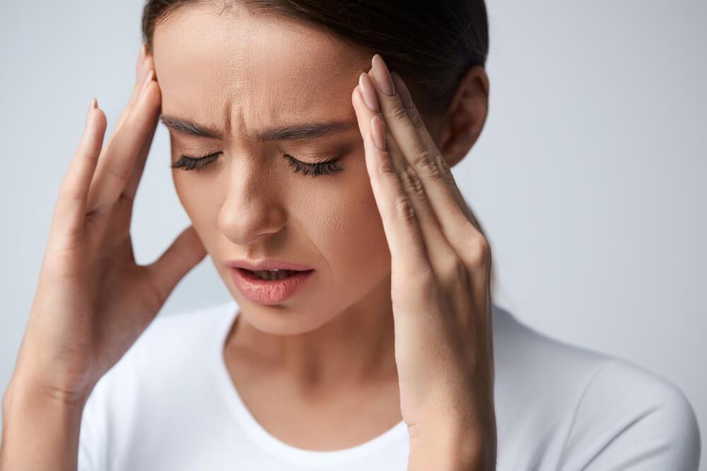 Conoce algunos ejercicios que te ayudaran aliviar la migraña