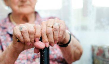 El 41 % de los adultos mayores de 60 años sufre de depresión
