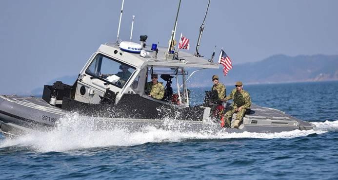 Dos dominicanos entre cinco apresados en una embarcación en PR