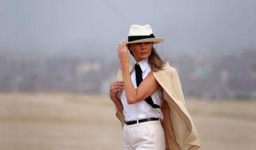 Las redes se burlan del estilo de Melania Trump 'a lo Michael Jackson'
