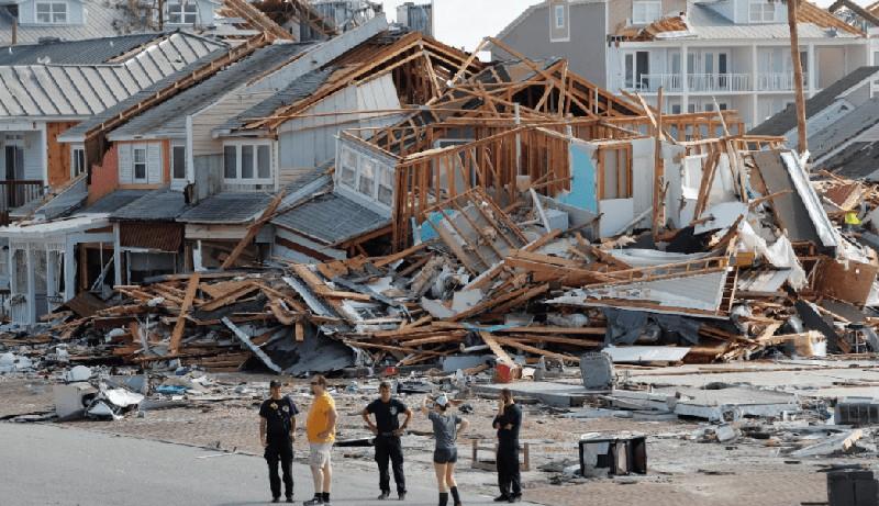 Aumentan a seis los muertos tras paso de huracán Michael por EE.UU.