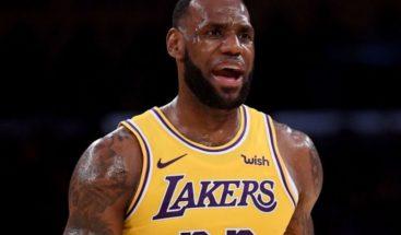 LeBron James contrata personal armado para cuidar su casa