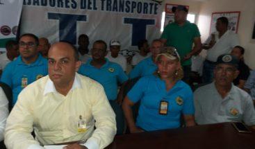 Representantes de transporte escolar piden que el gobierno los considere