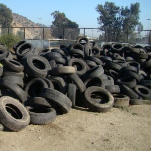 Policía Nacional apresa hombre acusado de robar 210 neumáticos