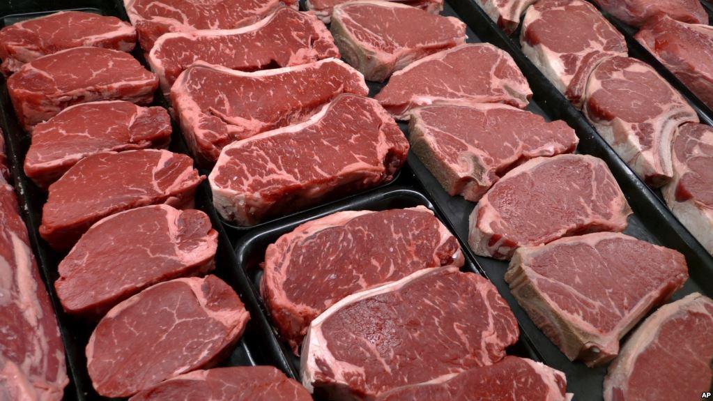Retiran 6.5M libras de carne ante posible contaminación por salmonella