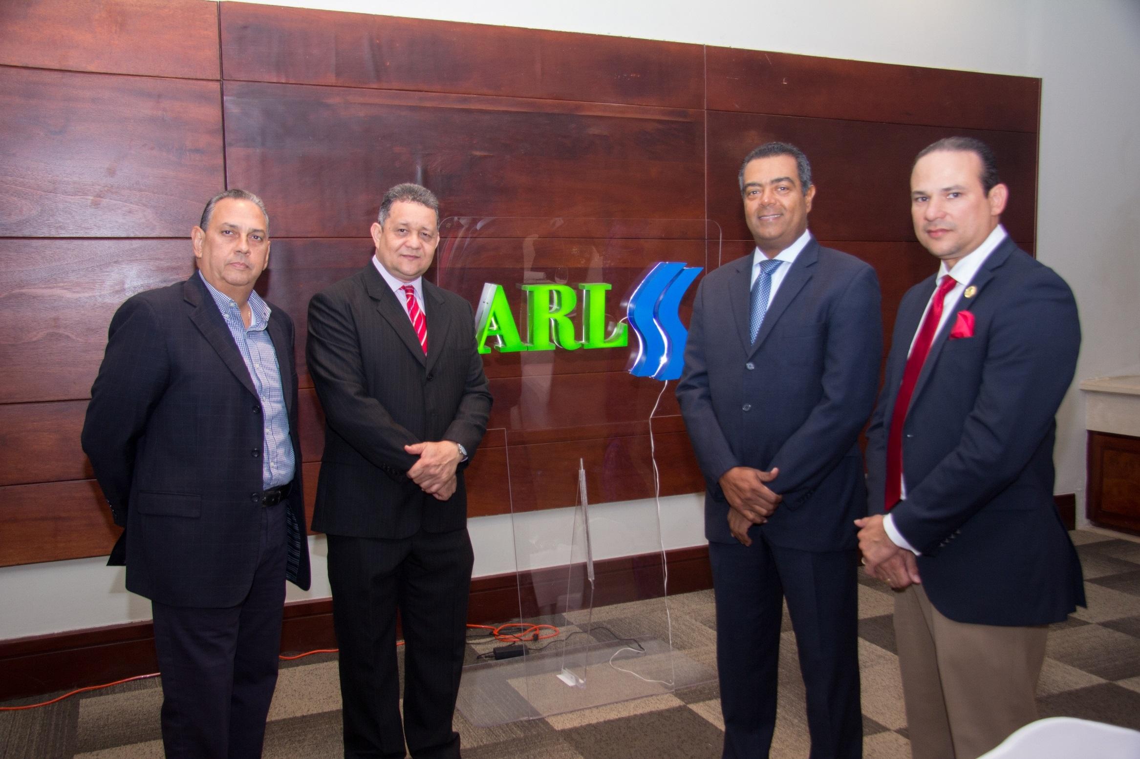 Comparten experiencias con ortopedas que atienden pacientes ARL