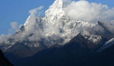 Ocho excursionistas muertos y uno desaparecido en la tormenta en Nepal