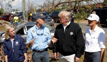 Trump visita áreas devastadas por huracán Michael en Florida y Georgia