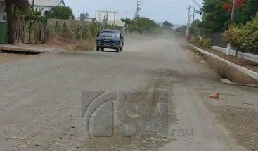 Residentes de Santiago Rodríguez piden arreglo de carreteras