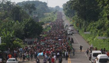 Migrantes hondureños avanzan en México camino a la frontera de EE.UU