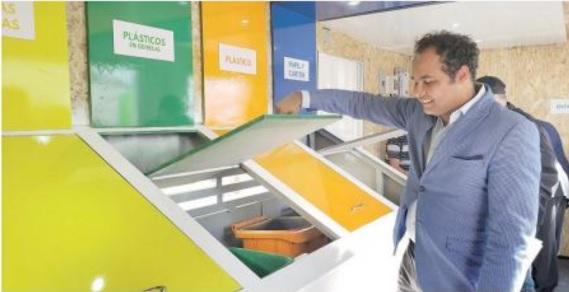 Colaran punto de reciclaje en Santiago