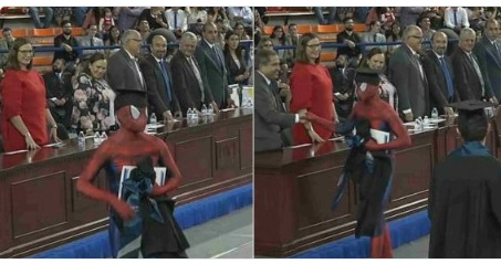 El 'Hombre Araña' se gradúa de abogado en México
