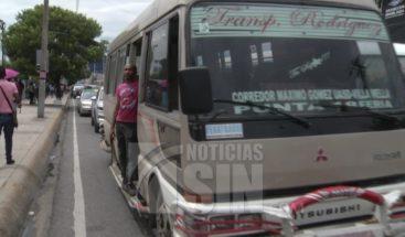 Intrant dice transportistas ya redujeron el pasaje, pero lo desmienten