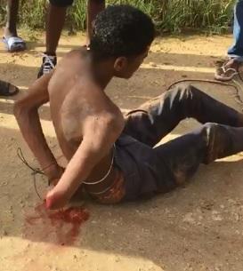 Propinan golpiza a hombre acusado de matar a su madrastra
