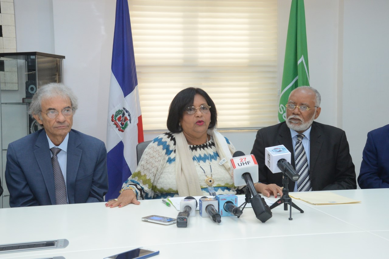 SeNaSa contrata 900 médicos para dar cumplimiento a acuerdo