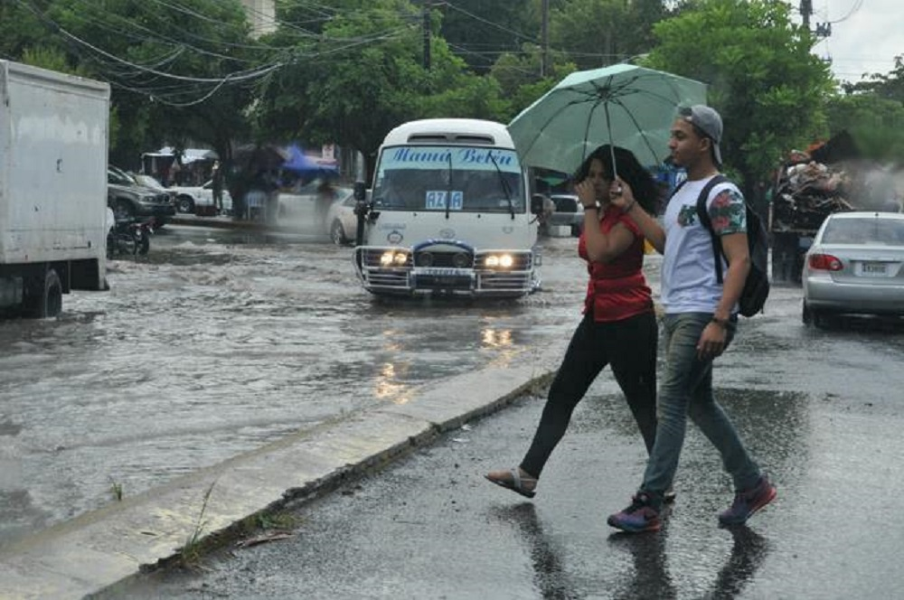 Metereología: Continuarán los aguaceros por efectos de vaguada