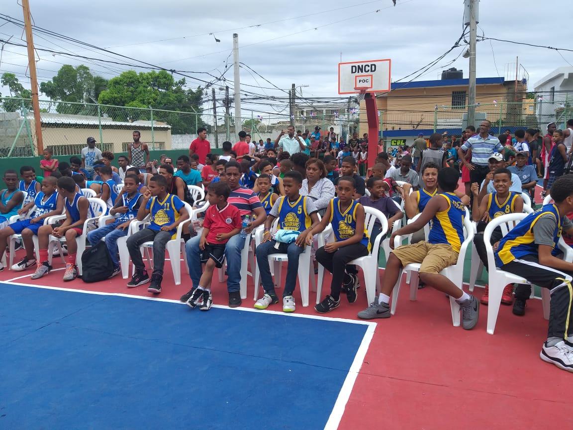 Celebran III Convenio de Baloncesto en contra de la violencia de género