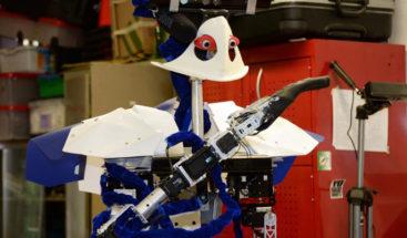 El robot mexicano Justina gana concurso en el congreso IROS 2018