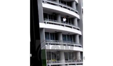 Mujer pierde la vida en Panamá tras caer desde un piso 27 por una selfie