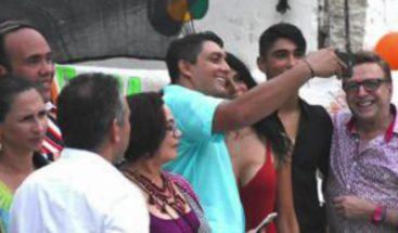 Selfie provoca destitución de un funcionario en Colombia