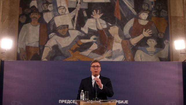 Vucic asegura a Putin que Serbia mantendrá su neutralidad militar
