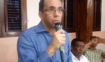 Navarro visita Monseñor Nouel para presentar precandidatura presidencial