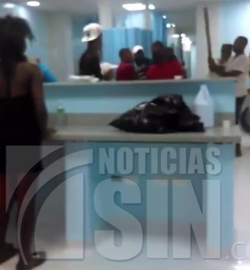 A palos termina pelea en un hospital de San Juan