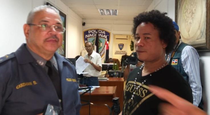 Ladrones roban más de 800 mil pesos en casa del comunicador Pablo Marte