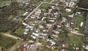 Michael deja 13 muertos en EE.UU y daños materiales