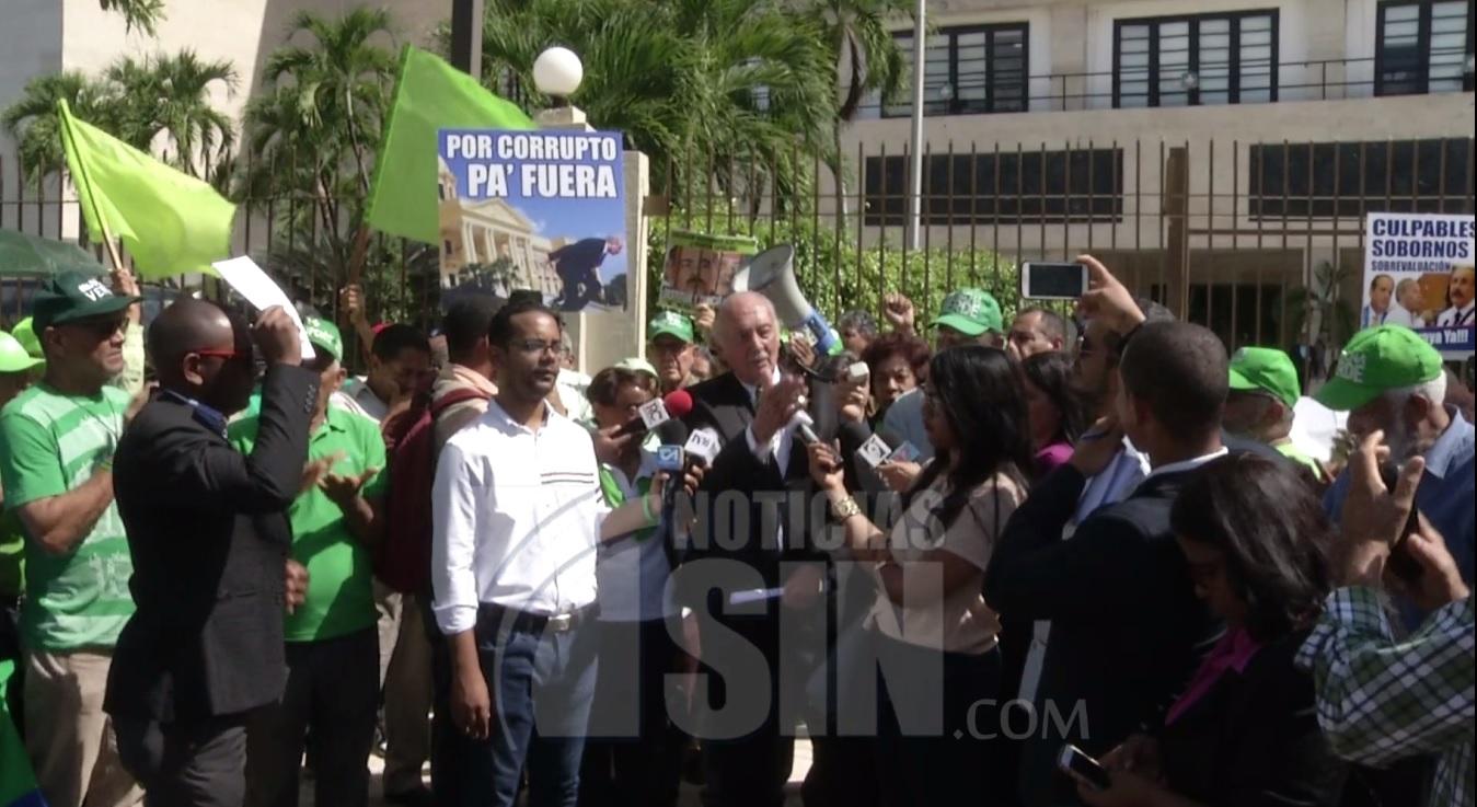 Marcha Verde exigiendo juicio político contra el presidente Medina