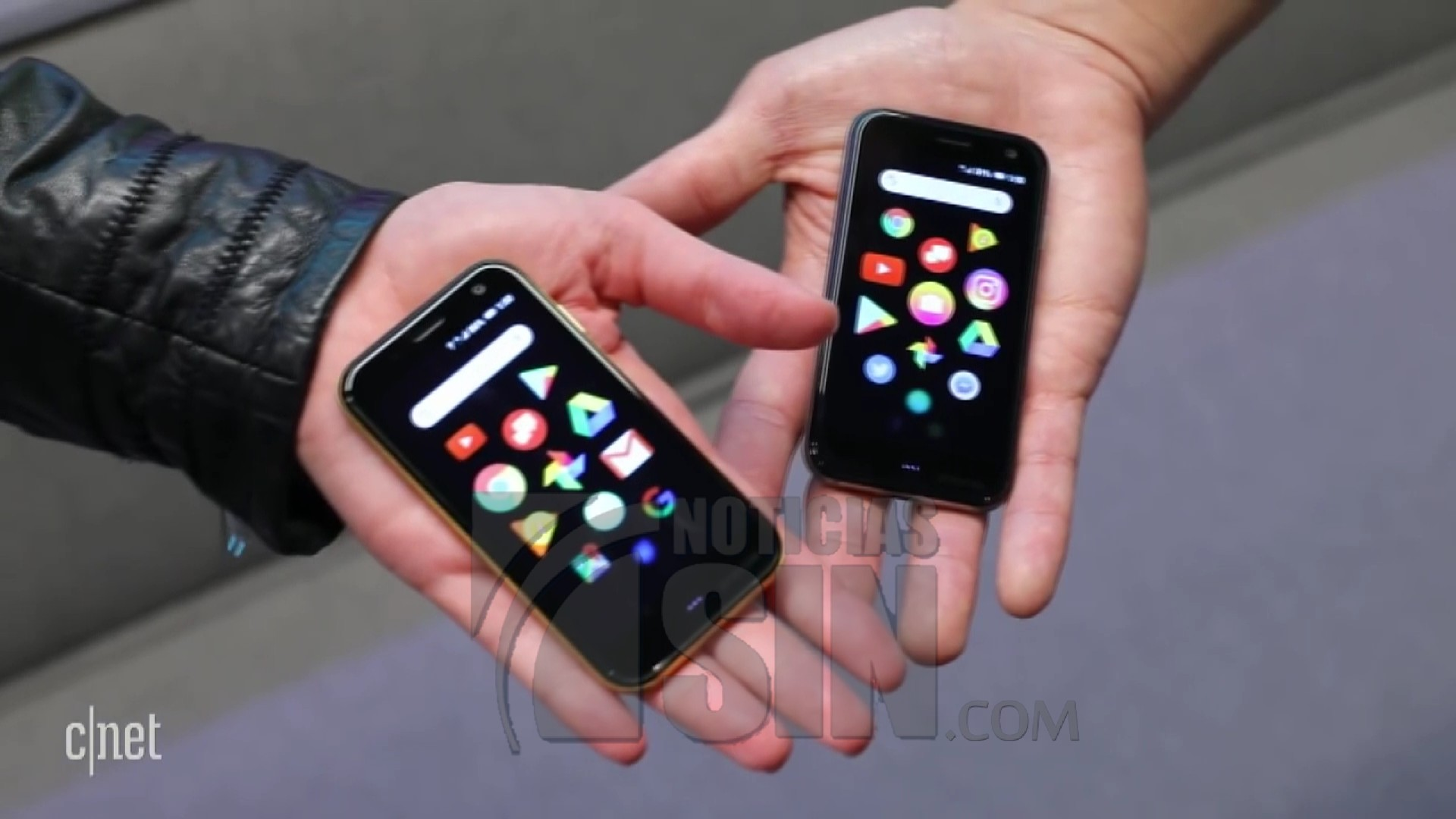 ¿Volverán a ponerse de moda los celulares pequeños?