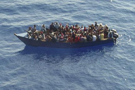 Armada frustra dos viajes ilegales a Puerto Rico
