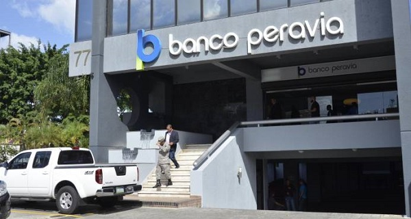 Expropietario de banco Peravia condenado a tres años de cárcel en EE.UU.
