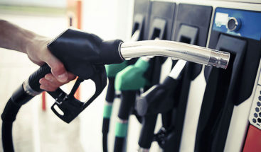 Ciudades y países ponen fecha de caducidad al diésel y la gasolina