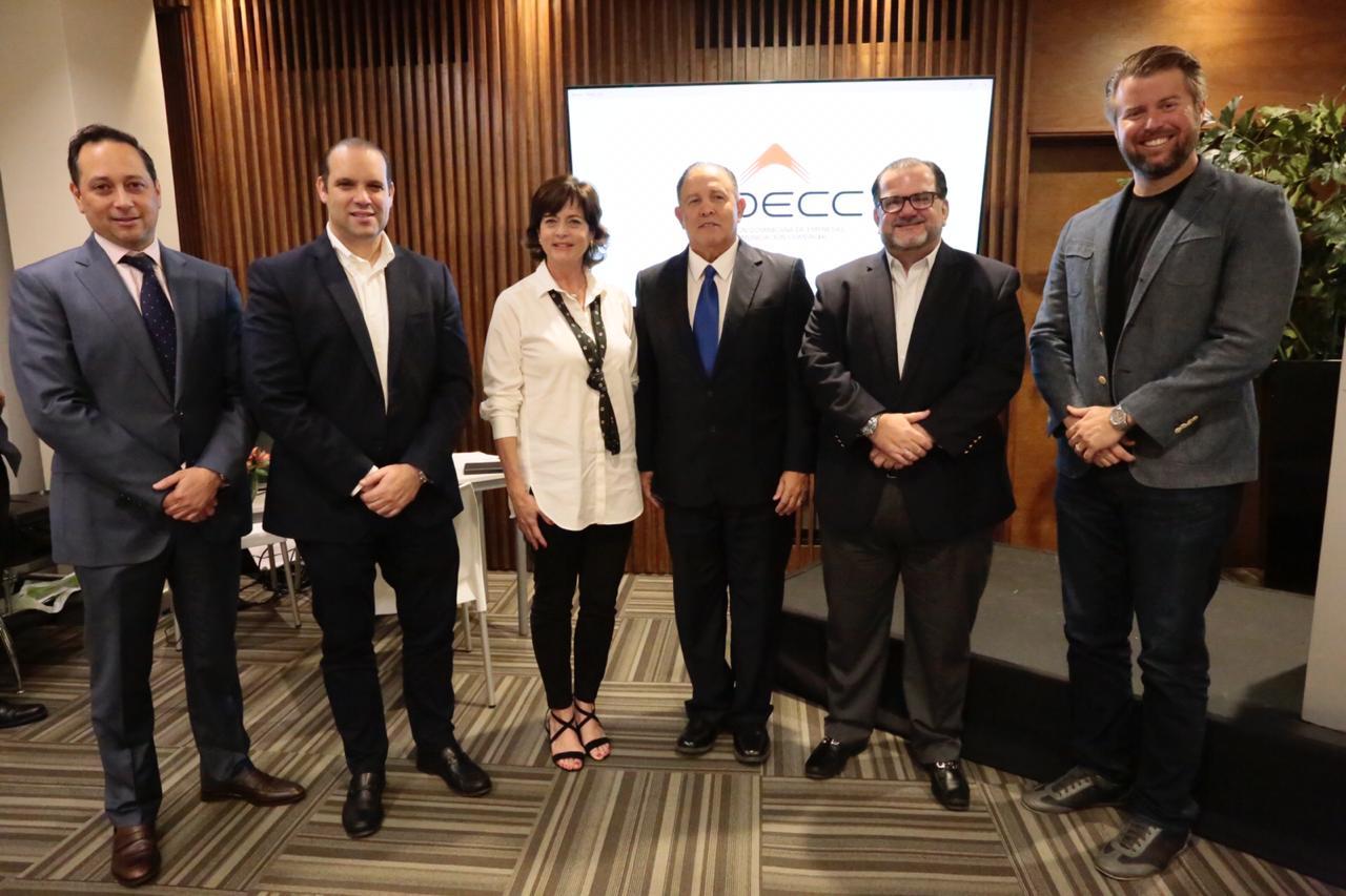 Empresas de Comunicación Comercial(ADECC) elige Nueva Directiva